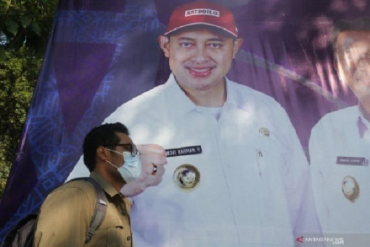 Dua advokat asal Surabaya damping perkara Bupati Nganjuk NRH