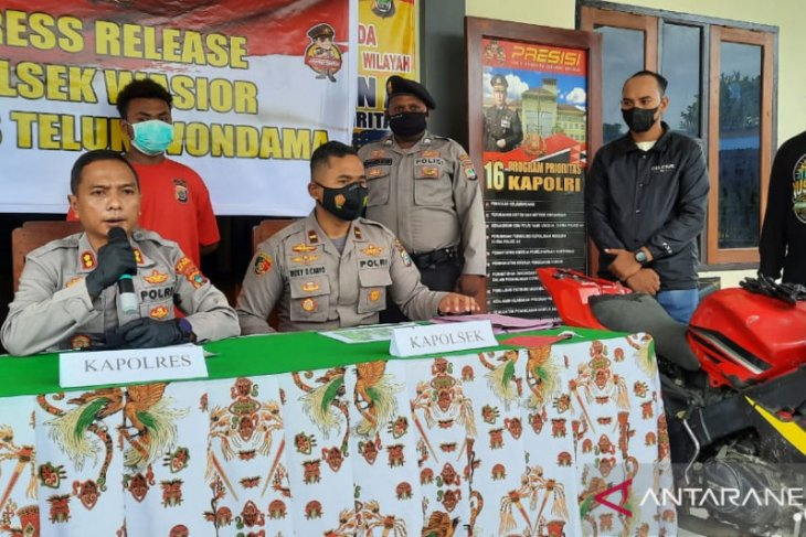 Posisi proses hukum pelaku pencurian dan pembakaran rumah di Wondama