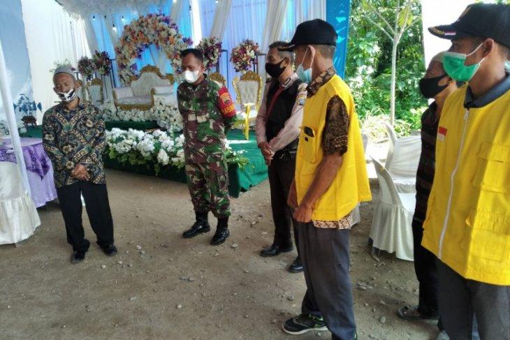 Satgas COVID-19 Kecamatan Hinai Langkat bubarkan hajatan pesta