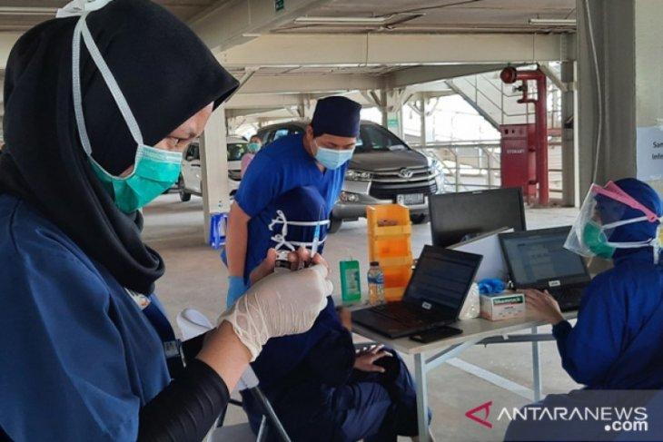Percepat vaksinasi COVID-19 bagi warga lansia, Dinkes Depok lakukan jemput bola