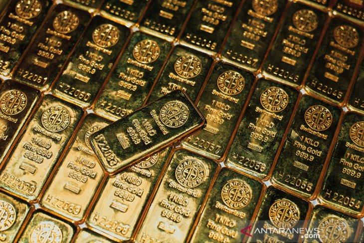 Emas berjangka terangkat  setelah data ekonomi AS mengecewakan