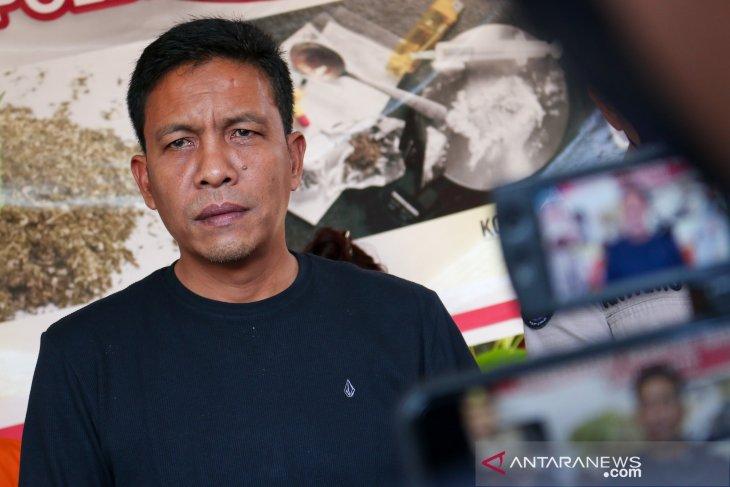 West Nusa Tenggara police apprehends 4, confiscates 1-kg crystal meth