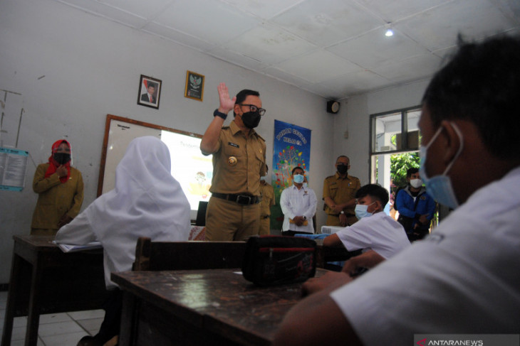 Dinas Pendidikan Kota Bogor sedang verifikasi kesiapan sekolah laksanakan PTM