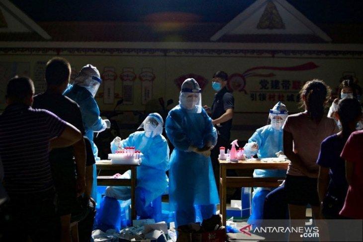 China mencatat penambahan 76 kasus COVID-19