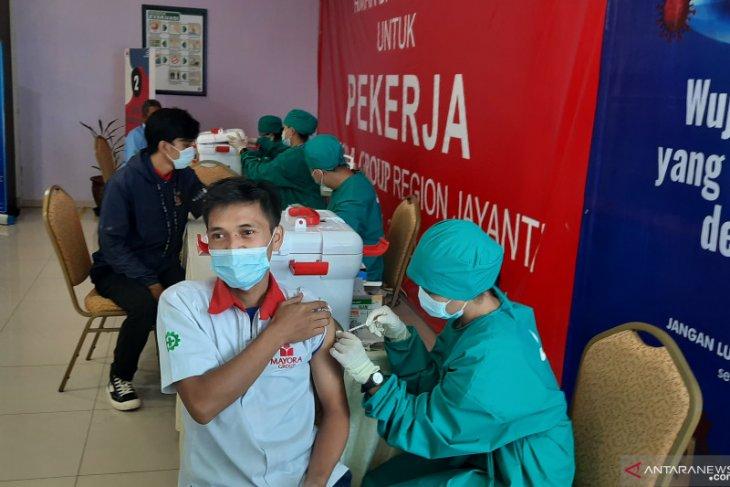 Warga Indonesia yang menerima  vaksin lengkap bertambah 138.684 jiwa