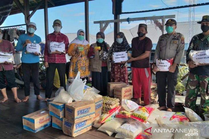 Forkopimcam Kusan Tengah salurkan  bantuan terdampak  banjir