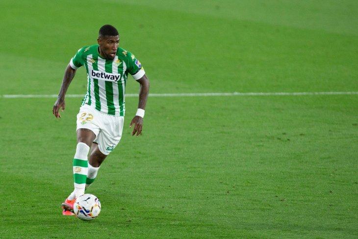 Barcelona segera rampungkan transfer Emerson Royal dari Real Betis