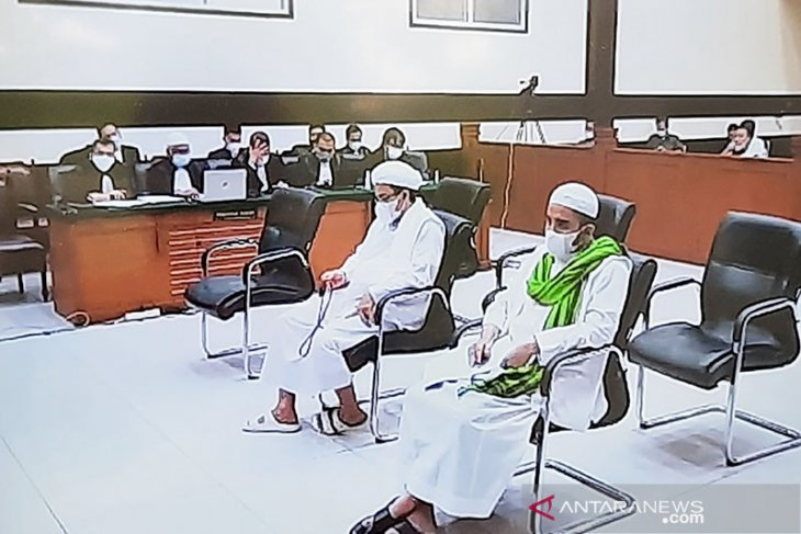 Rizieq Shihab jalani sidang pembacaan replik jaksa penuntut