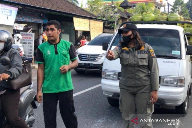 Tim Yustisi Denpasar jaring 24 pelanggar prokes