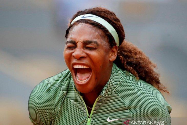 French Open, Serena  ke 16 besar  pertama dalam tiga tahun
