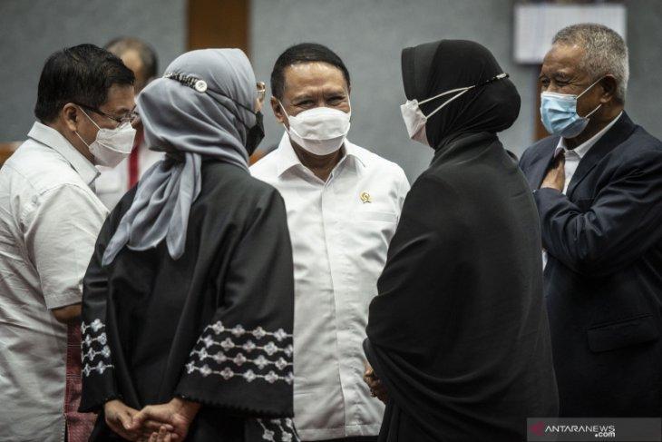 Menpora bahagia Indonesia tahan imbang Thailand