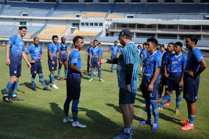 Pelatih Persib: Latihan jadi tanggung jawab pemain di masa PPKM