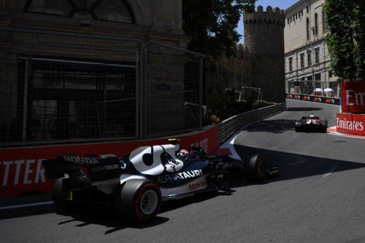 GP Azerbaijan: Gasly tercepat di FP3, Max Verstappen kecelakaan