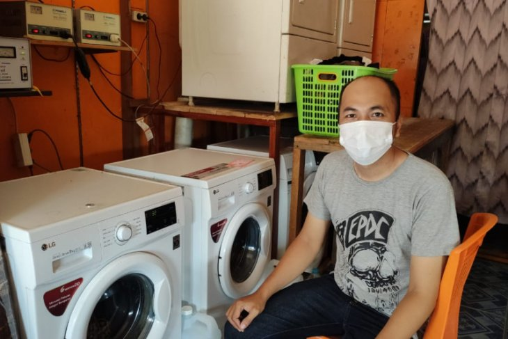 PLN pasok listrik andal dorong pertumbuhan usaha pelaku UMKM di Sanggau