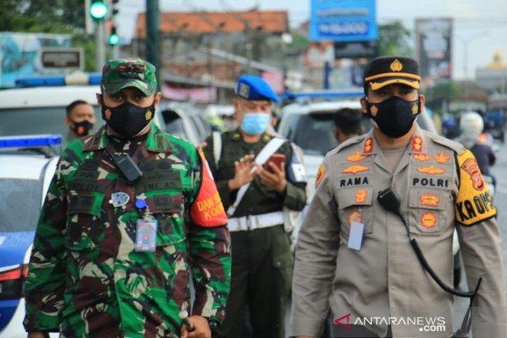 Kasus keracunan gas, Polres Karawang periksa enam orang