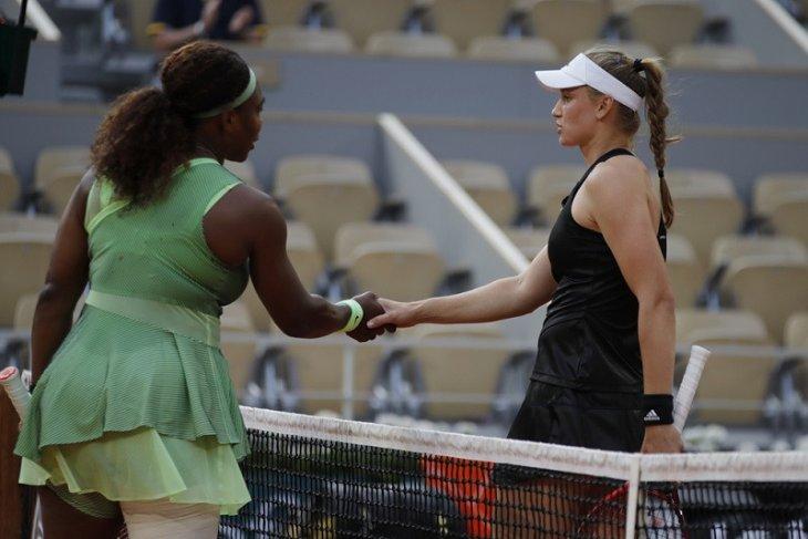 Serena dihentikan Rybakina  di babak 16 besar Roland Garros