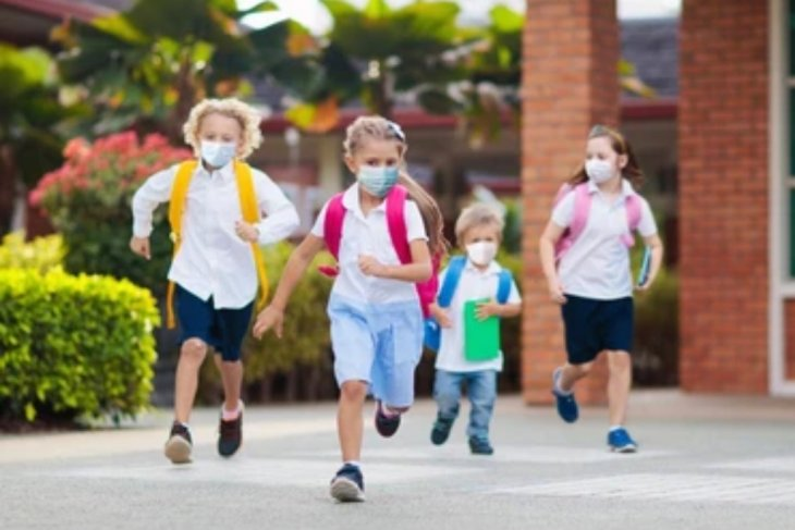 Tips aman saat anak  kembali belajar tatap muka di sekolah