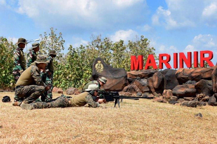 Penembak runduk Marinir Indonesia dan AS latihan bersama di Situbondo