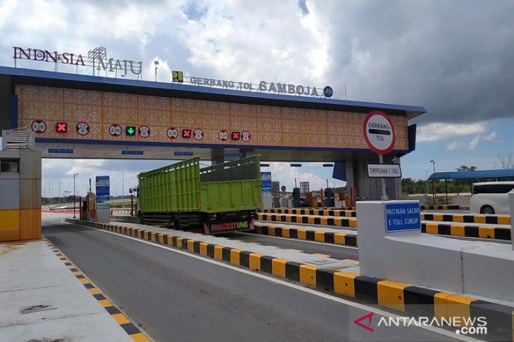 Jalan Tol Balsam mengurai penumpukan kendaraan berat