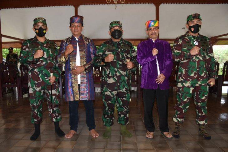 Sah Panglima Kodam XVIPattimura resmikan nama baru Korem 152Baabullah