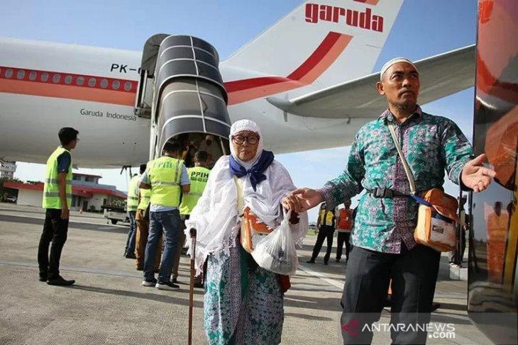 1.945 calon jamaah haji  Tangerang batal berangkat