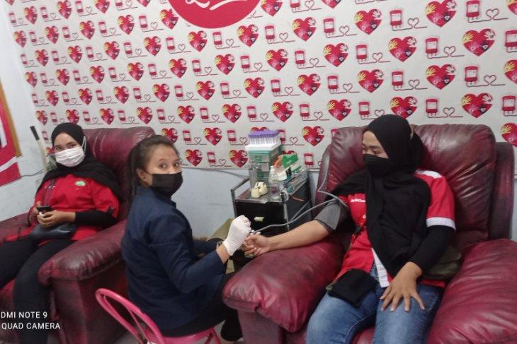 Persediaan darah di PMI  Kabupaten Lebak menipis