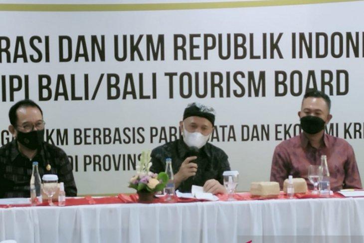 Menkop UKM harapkan pelaku pariwisata Bali kampanyekan prokes