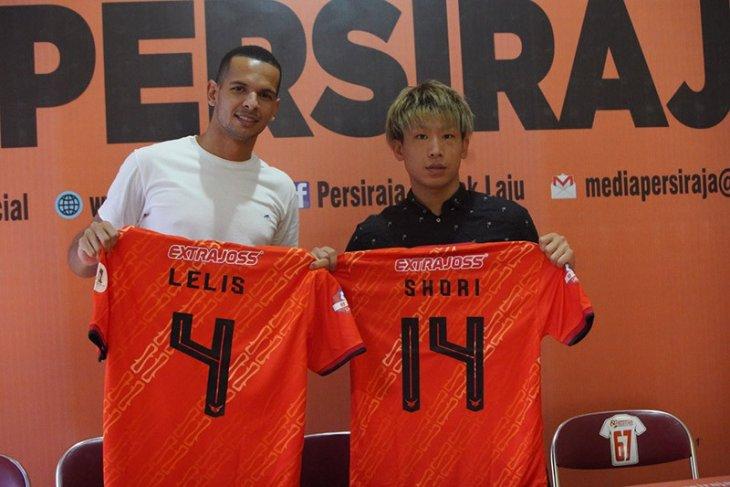 Persiraja resmi kontrak tiga pemain asing