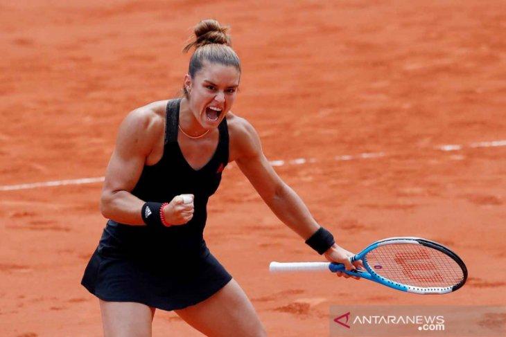 French Open: Juara bertahan Swiatek dihentikan Sakkari