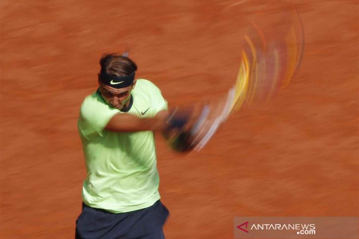 Nadal ke semifinal ke-14 di tanah liat Roland Garros