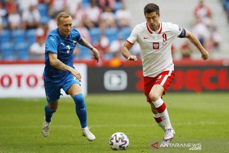 Timnas Polandia dipersulit Islandia dalam pemanasan terakhir jelang EURO 2020