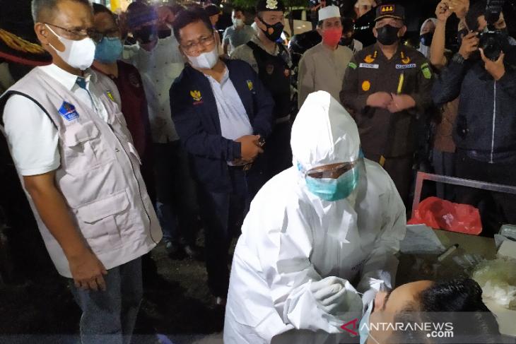 Pesta perkawinan, sunat massal dilarang karena Banda Aceh zona merah