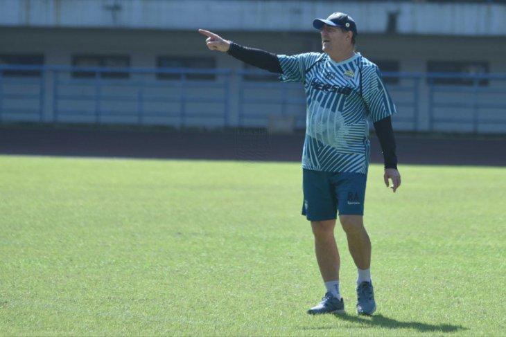 Persib Bandung  targetkan juarai Piala Wali Kota Solo