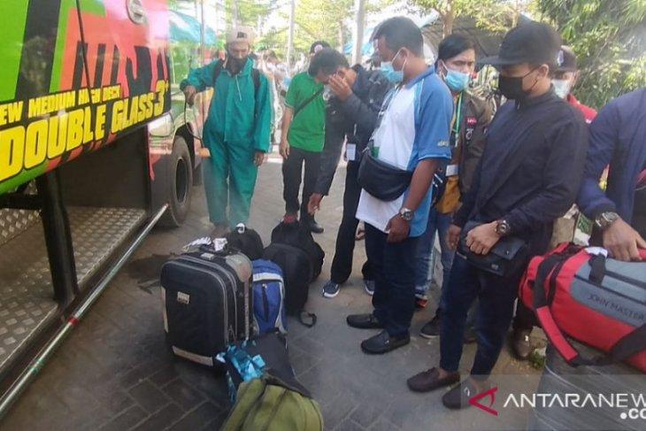 Sebanyak 988 pekerja migran telah tiba di Pamekasan
