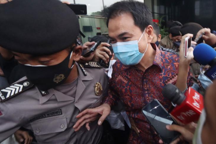 KPK umumkan Wakil Ketua DPR  Azis Syamsuddin sebagai tersangka