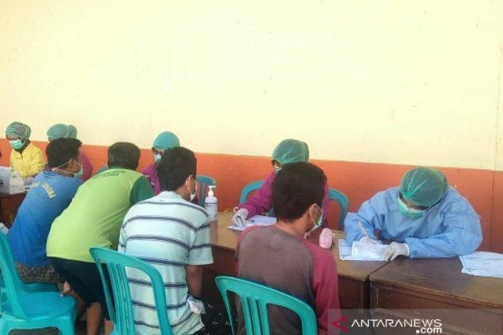 Ratusan narapidana Lapas Madiun jalani tes HIV/AIDS