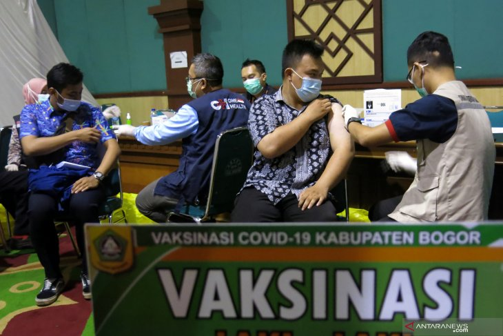 Cibinong's 16 healthcare workers contract COVID-19 infection