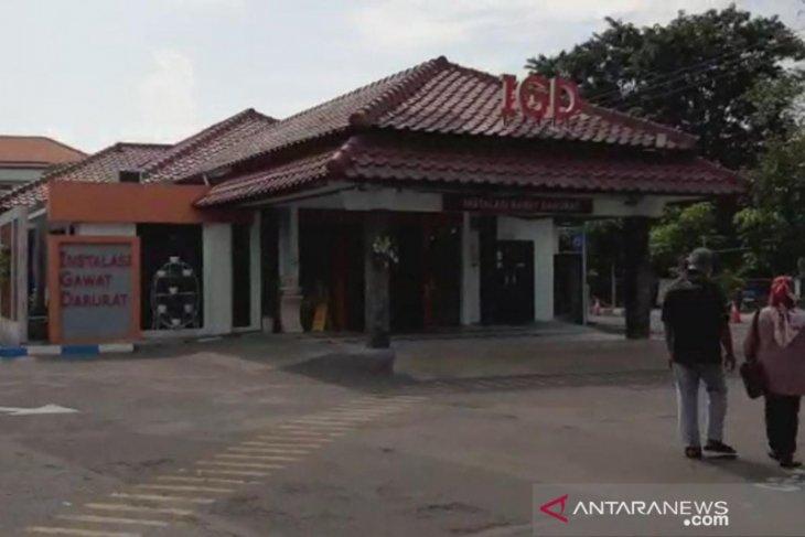 Dua korban luka ledakan pabrik di Gresik dirujuk ke RSUD Soetomo Surabaya