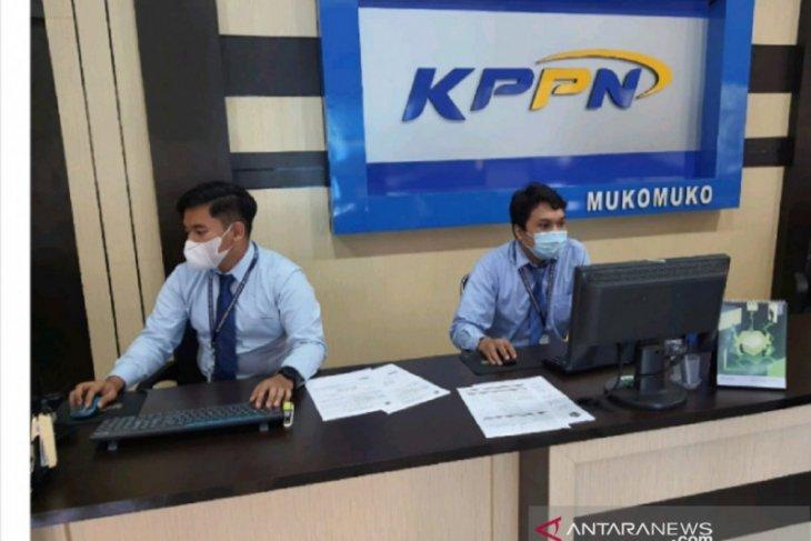 KPPN Mukomuko tuntaskan pembayaran gaji ke-13