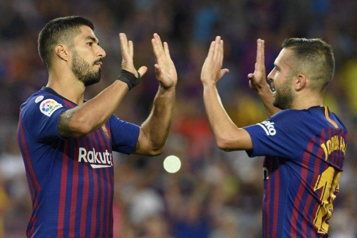 Jordi Alba kritik Barcelona karena lepas Luis Suarez ke Atletico