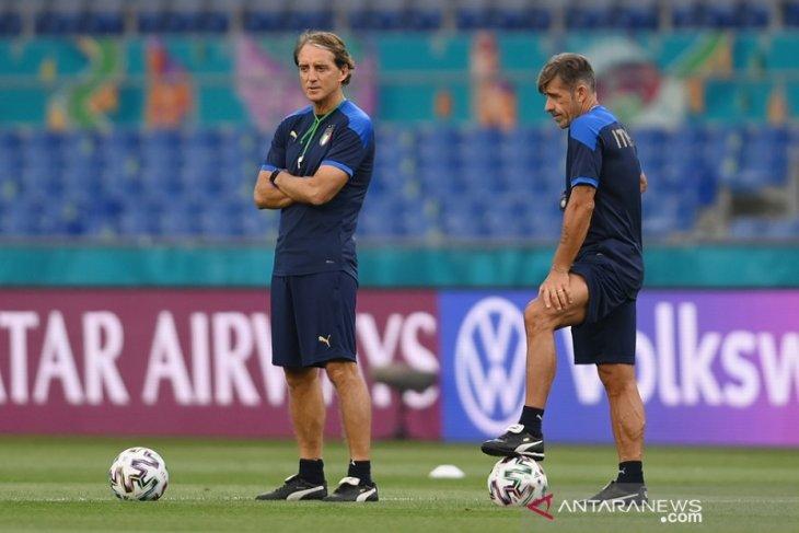 Uero 2020, dominasi bola Italia vs disiplin pertahanan Turki