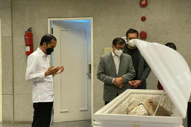 Istri Menkumham akan dimakamkan di San Diego Hills