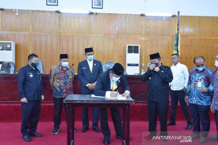 Sejumlah Anggota DPRD absen paripurna RPJMD perubahan Kota Padangsidimpuan