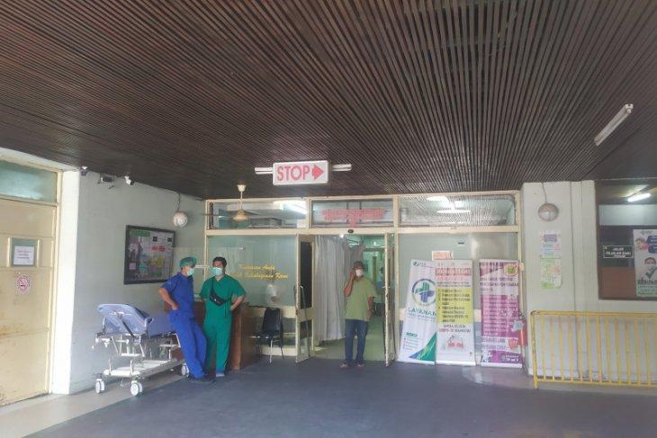 8 napi LP Perempuan Denpasar minum disinfektan dibawa ke RSUP