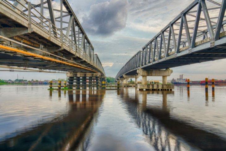 Edi Kamtono ajak masyarakat sukseskan pembangunan Jembatan Kapuas I