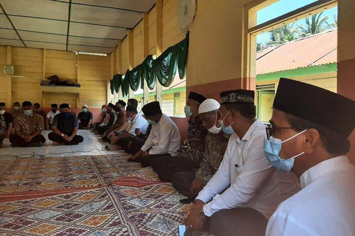 Bupati Aceh Timur takziah ke rumah almarhum Ketua MPU