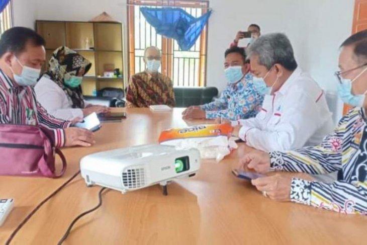 Tim pendataan keluarga 2021 BKKBN temui Bupati Sanggau