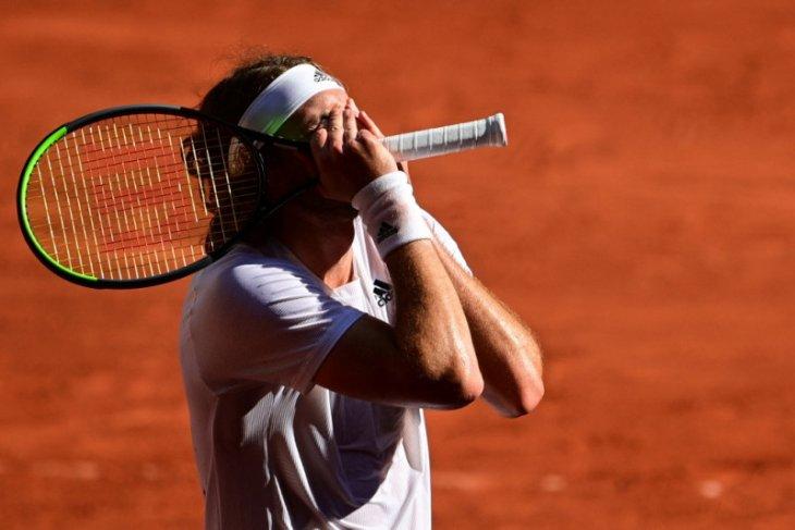 Tsitsipas ke final Grand Slam pertamanya setelah hentikan Zverev