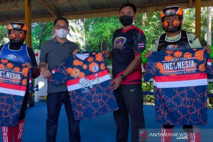 HSS's Muay Thai athletes target 5 golds, deputy regent motivates