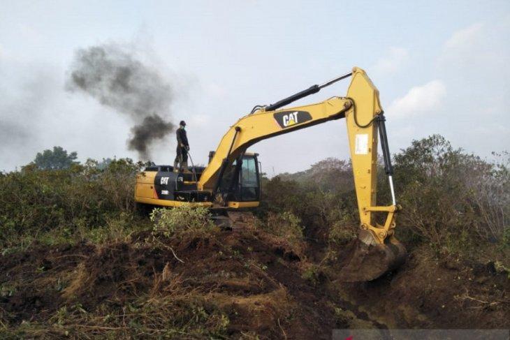 Lima alat berat milik Pemkab Mukomuko terbengkalai
